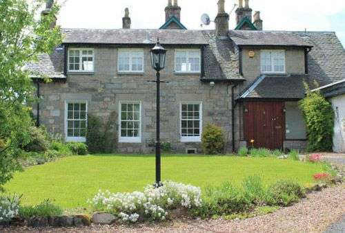 Whitegates Holiday Cottage, Pitlochry